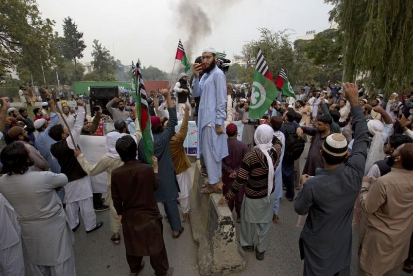 Pakistan: Protests Rage Over Acquittal Of Asia Bibi In Blasphemy Case