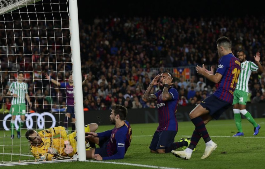 La Liga 2018-19: Barcelona Suffer First Home Defeat In Two Years, Santiago Solari's Dream Start Continues