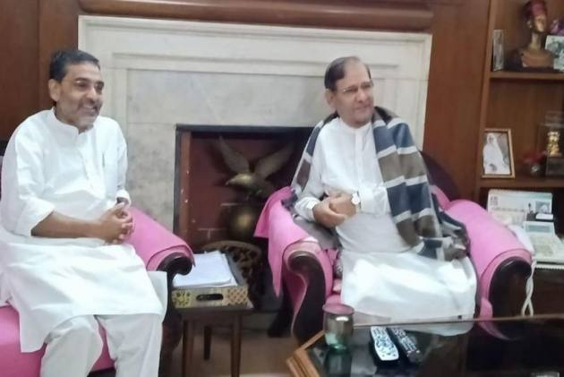 Upendra Kushwaha's Meeting With Sharad Yadav In Delhi Fuels Speculation Over His Next Move