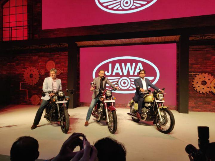 Peachy Jawa Motorcycles Roars Back With 3 New Bikes Inzonedesignstudio Interior Chair Design Inzonedesignstudiocom