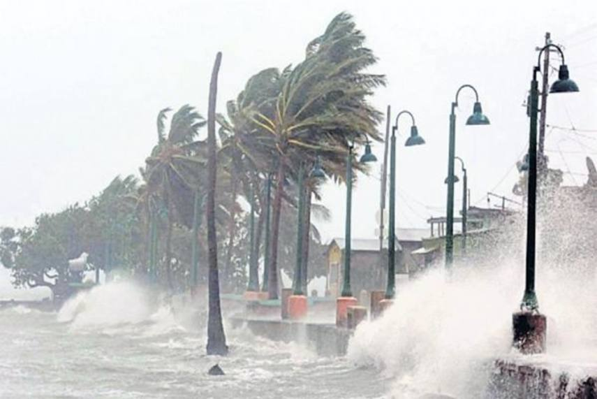 Cyclone Gaja Set To Hit Tamil Nadu Today, Schools To Stay Shut