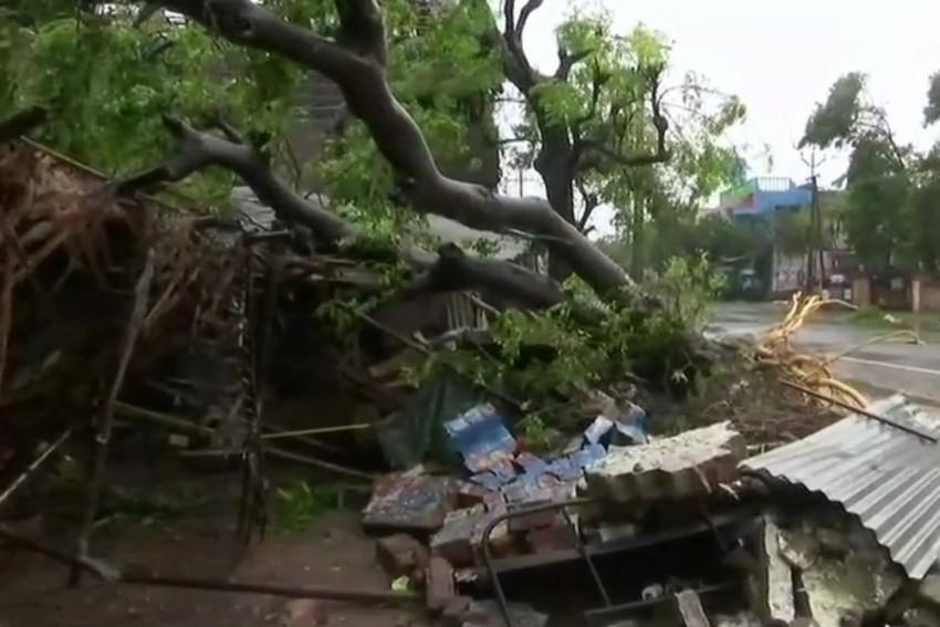 Cyclone Gaja: 13 Dead, Over 81,000 Evacuated As Storm Makes Landfall In TN, Puducherry