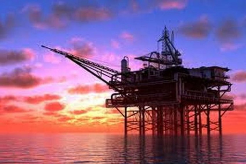 US Considering Exempting Certain Nations From Iran Oil Sanctions: State Dept
