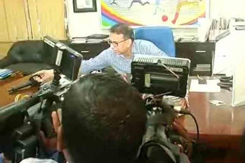 'You Have Come Here With An Agenda, Please Leave': Odisha Sports Secy Throws Out Journalist From Press Meet