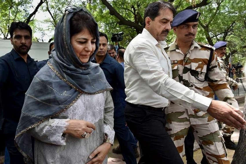 As J&K Governor Dissolves Assembly, Mehbooba Mufti Appears To Be The Winner