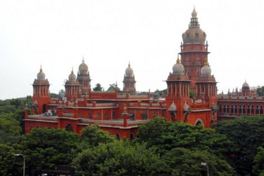 Madras HC Quashes Defamation Case Against Magazine, Says Mighty State Can't Trample Press