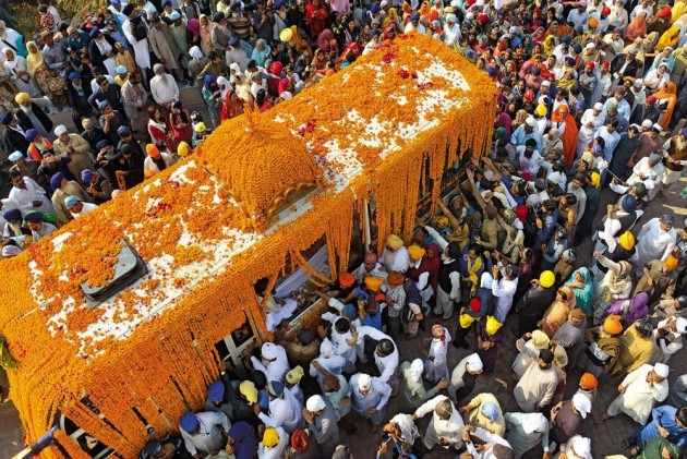 India Protests After Diplomats Harassed, Denied Consular Access To Sikh Pilgrims In Pak