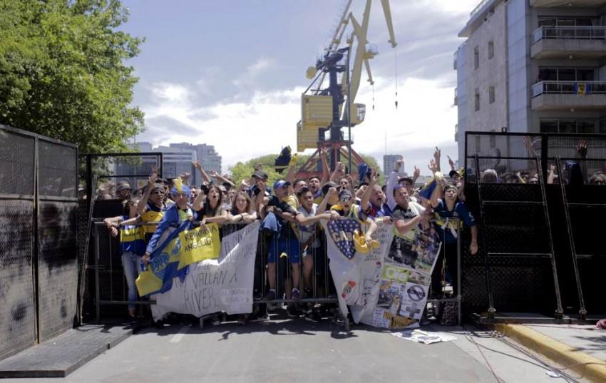Football's Shame: Copa Libertadores 'Superclasico' Final 2nd Leg Postponed Again – Video