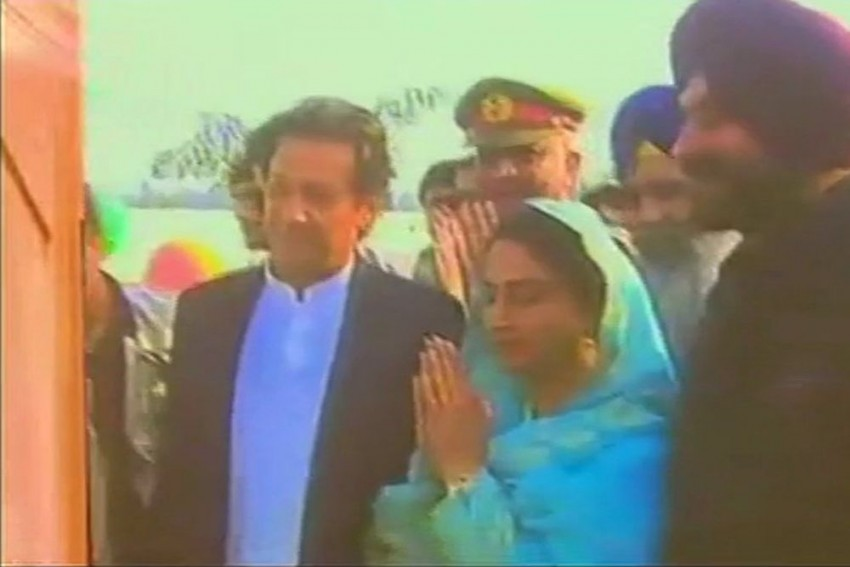 Imran Khan Lays Foundation Stone For Kartarpur Corridor Project, Indian Ministers Attend Event