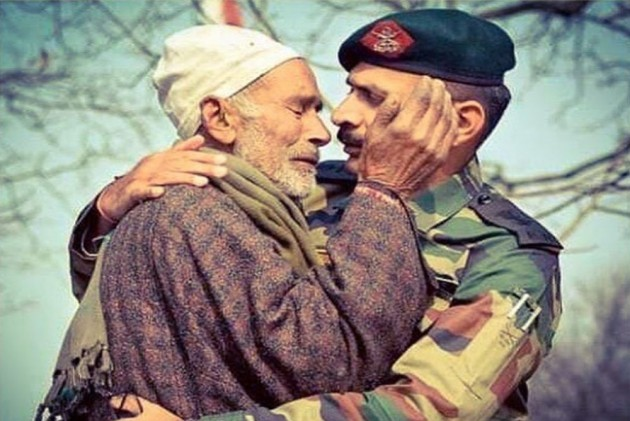 'You Are Not Alone': Why A Photo Shared By Indian Army Is Winning Hearts On Internet