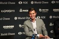 Magnus Carlsen Beats Fabiano Caruana To Defend World Chess Championship Title