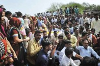 Paranoid Odisha Police Go To Unprecedented Lengths To Foil Farmers' Rally