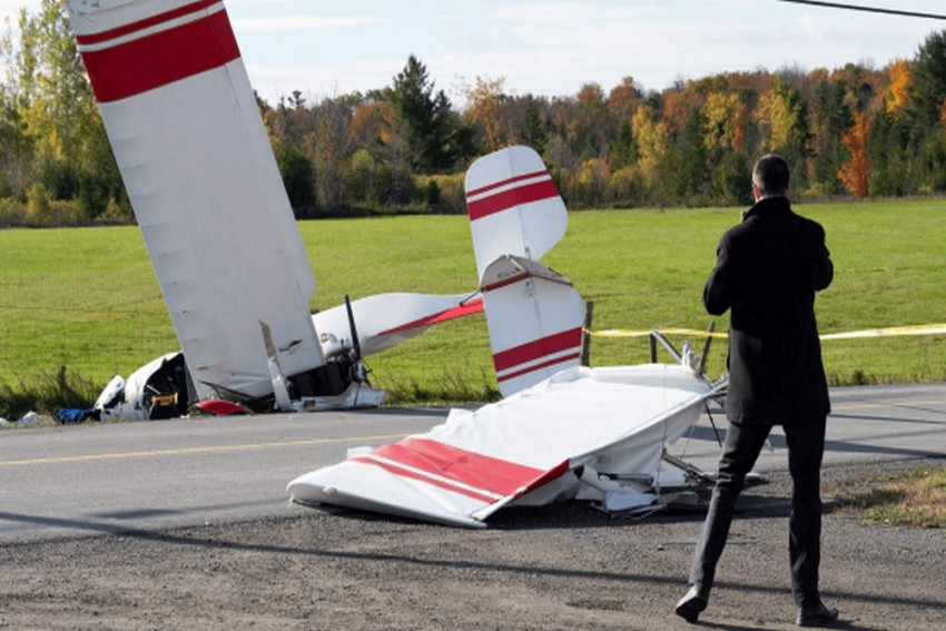 Plane Crashes In Ottawa After Mid-Air Collision, Pilot Dead