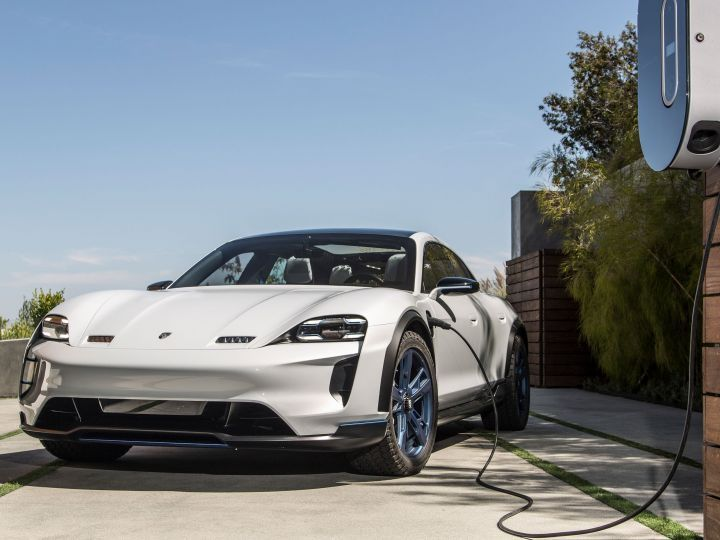 Porsche Mission E Cross Turismo Confirmed For Production