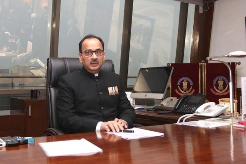 CBI Vs CBI: Director Alok Verma Appears Before CVC