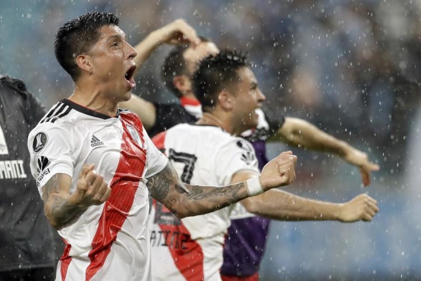 Copa Libertadores, Boca Juniors Vs River Plate: Fans Going Crazy Over First Ever 'Superclasico' Final