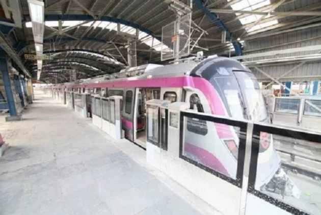 Glitch In Delhi Metro's Magenta Line Due To Technical Issue