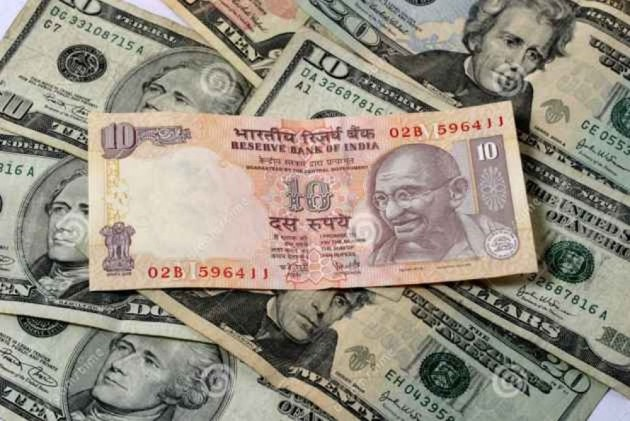 Ru Shows 32 Paise Decline To 72 17 Against Us Dollar After Ointment Of New Rbi Governor