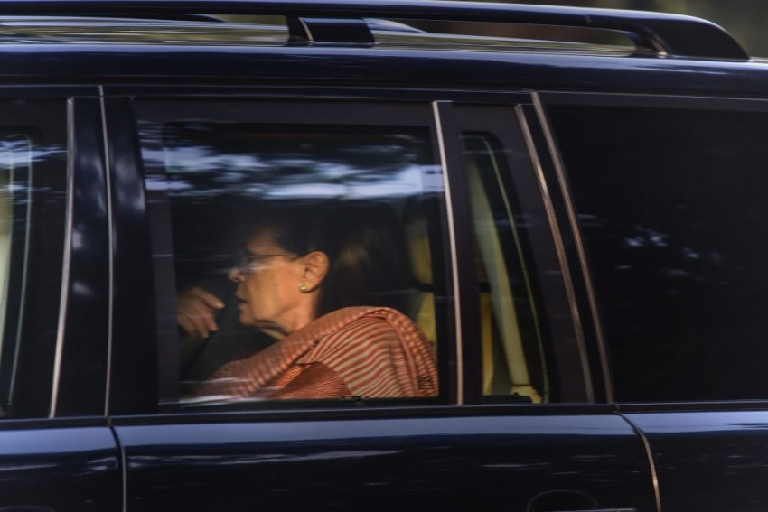 Sonia Gandhi, Priyanka At Rahul's Residence As Wait Over CM Decision Continues