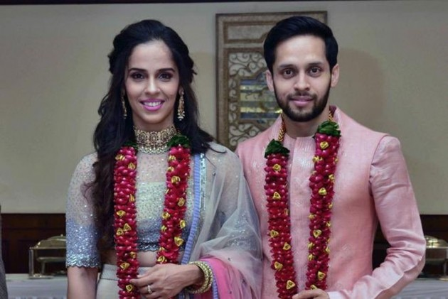 Ace Shuttlers Saina Nehwal, Parupalli Kashyap Tie The Knot, Wishes Pour In