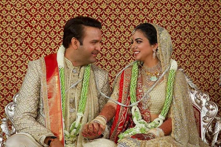 How Lata Mangeshkar Made Isha Ambani-Anand Piramal's Wedding More Special