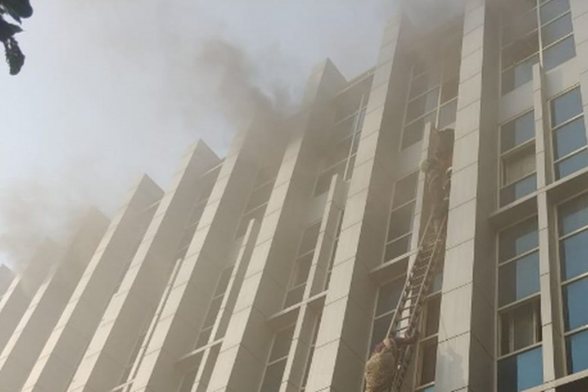 Six Killed And Several Injured In Mumbai Hospital Fire