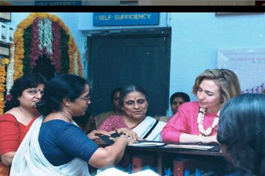Hillary Clinton Visits Women Of SEWA In Gujarat After 23-Years, Says She Feels Inspired
