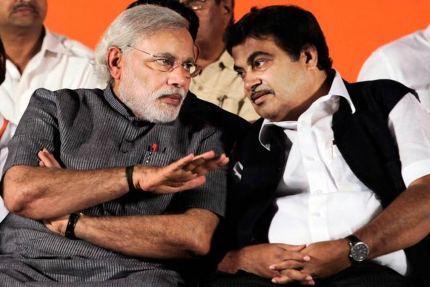 Replace PM Modi With Nitin Gadkari If You Want To Win 2019 Elections: Maharashtra Farmer Leader Tells RSS