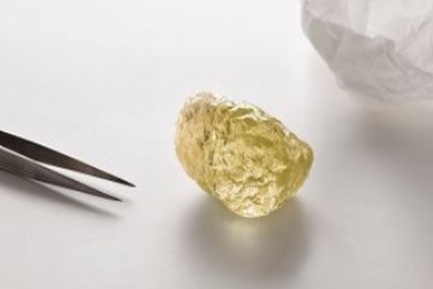 Largest Ever Chicken-Egg Sized Diamond Found in Canada