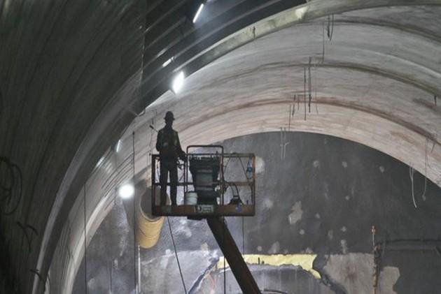 Elon Musk Unveils High-Speed Underground Tunnel Prototype