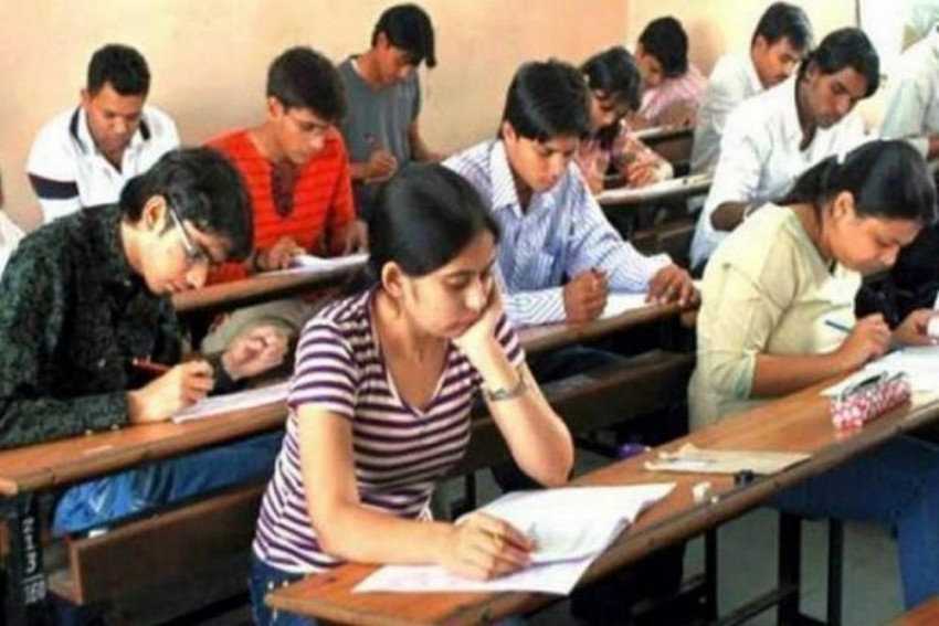 Reduce Upper Age Limit For Civil Services Exams To 27 Years, Suggests NITI Aayog