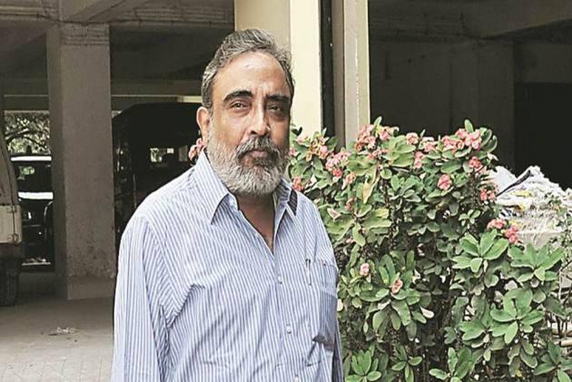 Kolkata: CBI Arrests Senior Journalist Suman Chattopadhyay In Chit Fund Case