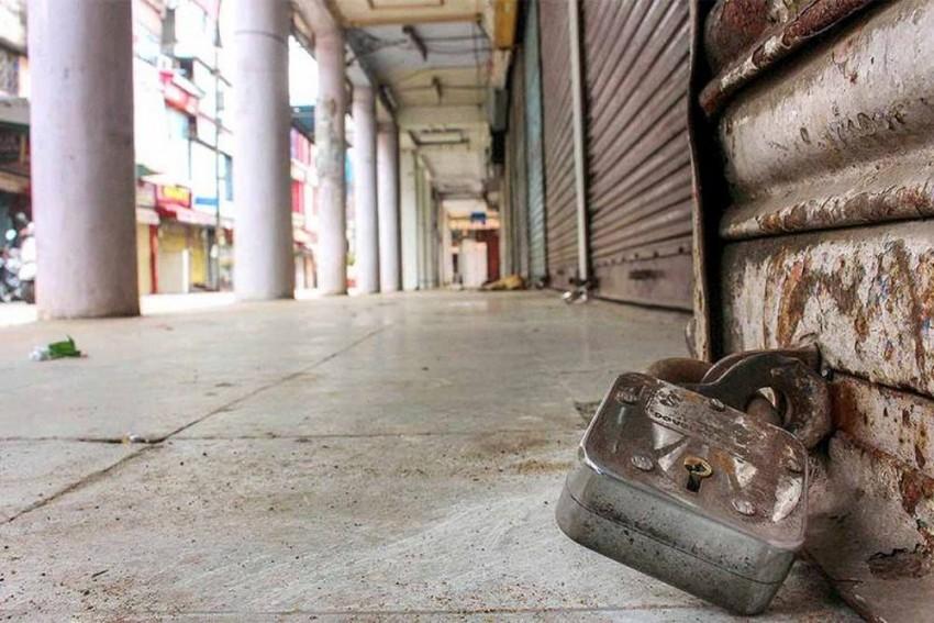 Tired Of Losses, Kerala Traders Declare 2019 As 'Anti-Hartal' Year