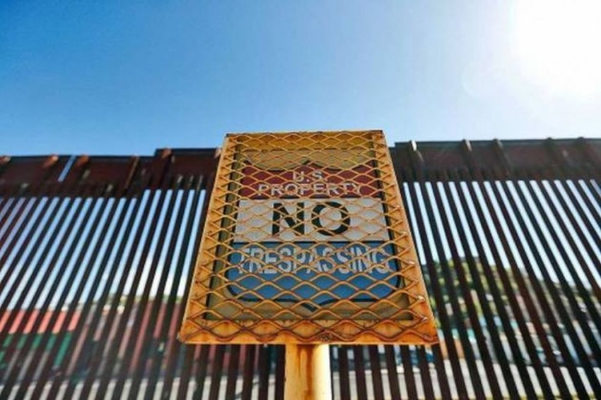 US Govt Shuts Down After Trump Fail To Reach Consensus On Border Wall