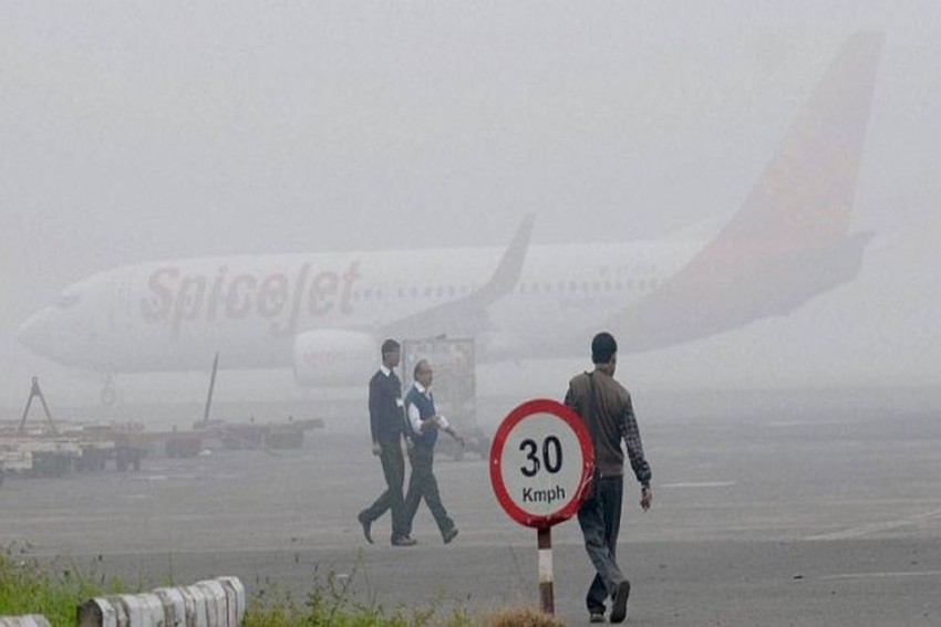 Flights Delayed Due To Low Visibility At IGI Airport