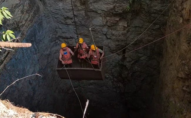 Meghalaya Miners Rescue: Navy Divers Return Without Any Trace Of Trapped Miners