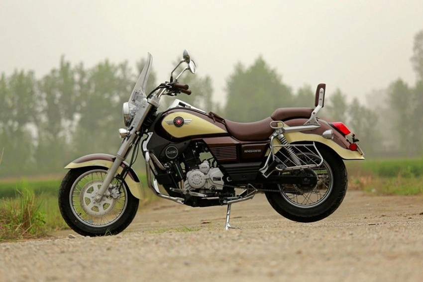 UM Launches Commando Classic Carb Variant At Rs 1.95 Lakh