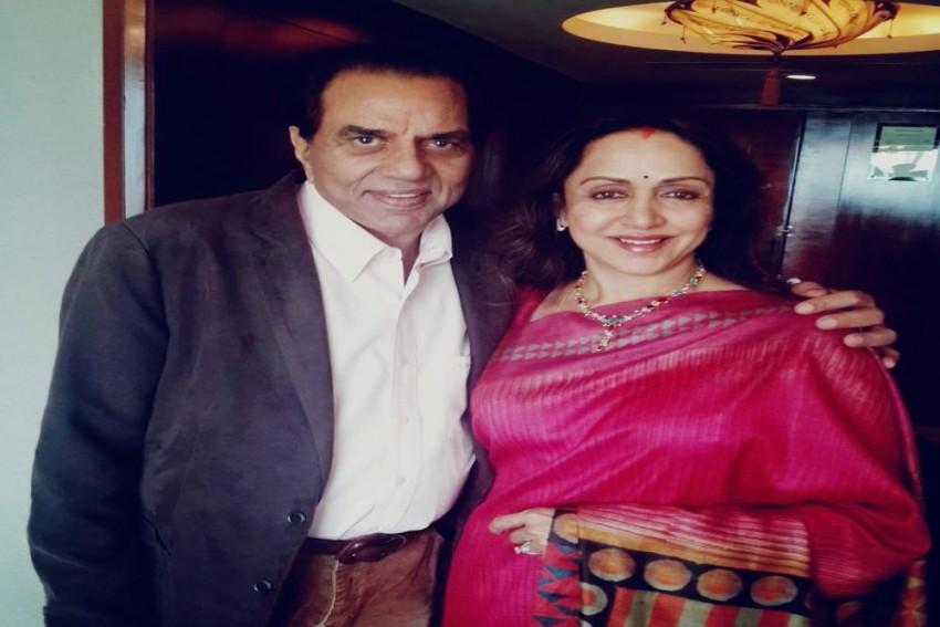 Dharmendra's Wife Hema Malini Calls Him 'Everlasting Love' On 83rd Birthday