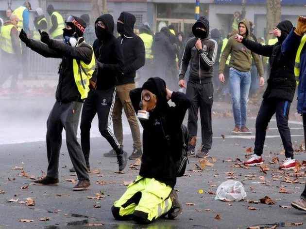 Yellow Vest Protests: Over 1,700 Arrested In France