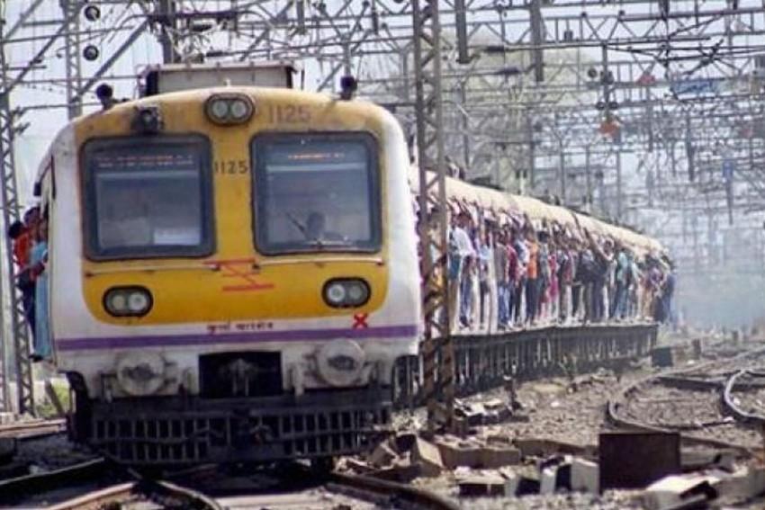 Bonanza For Mumbai, Bengaluru Suburban Commuters In Budget 2018