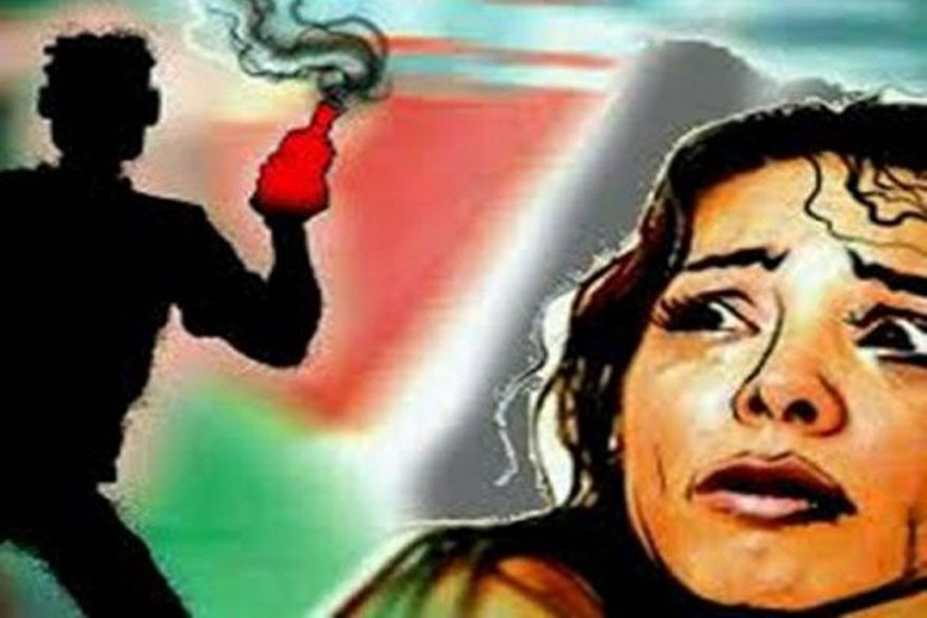 School Girls Attacked With Acid By Two Bike-Borne Men In Madhya Pradesh's Dindori