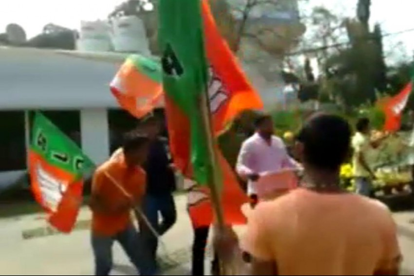 BJP Workers Attack, Hurl Cow Dung At Odisha CM's Private Secretary's Home, 4 Arrested