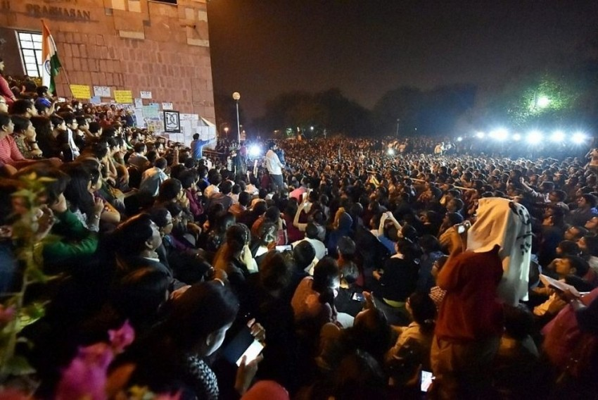 HC Asks JNU Students To Not Obstruct VC, Staff From Entering Administrative Block, Allows Them To Carry Protests In Sabarmati Lawn