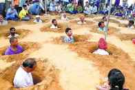 Farmers Bury Themselves In Pits To Protest Against Land Acquisition In Rajasthan