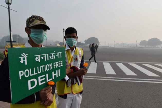 After A Brief Stop-Over In 'Moderate' Category, Delhi-NCR's Air Quality Back To 'Poor'