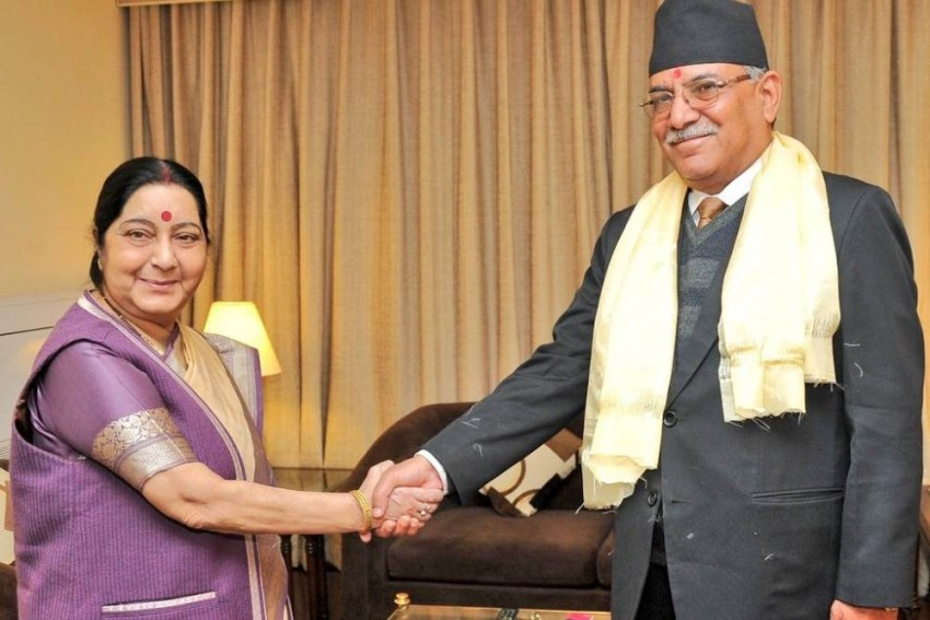 Swaraj Meets Prachanda, Assures India's Support For Political Stability In Nepal