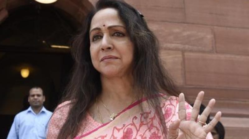NGT Directs Actor-Turned-MP Hema Malini To Ensure Removal Of Debris Lying On The Banks Of Yamuna
