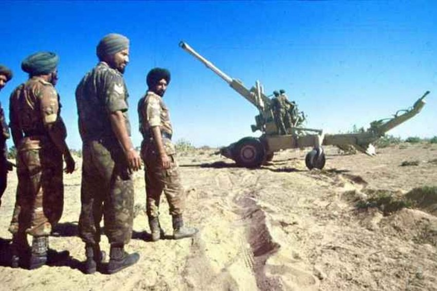 Parliamentary Panel Looking Into Bofors Case For 27 Years Likely To Finalise Report