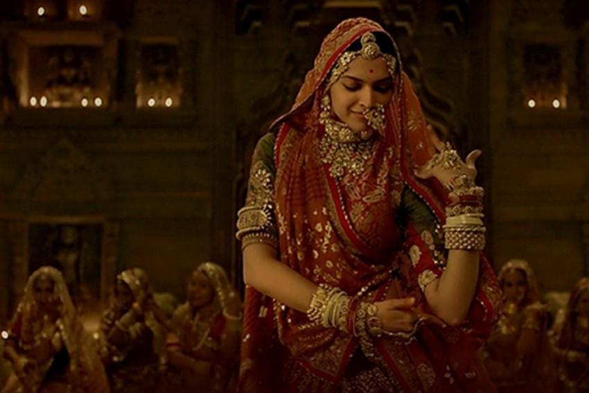 '<em>Padmaavat</em>' Crosses Rs. 200 Cr Mark At Box Office