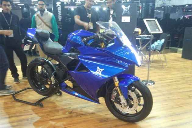 Emflux Model One Unveiled At Auto Expo 2018